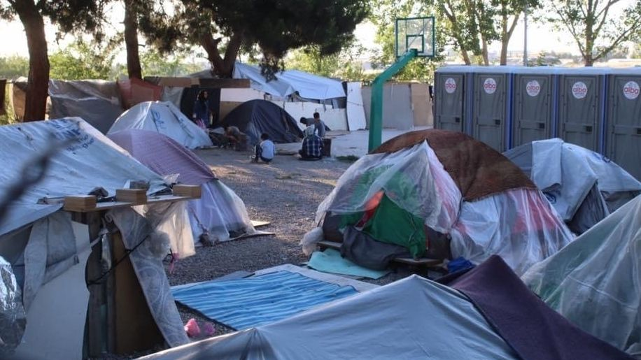 Frankenkonvoi hilft in Flüchtlings-Camps.