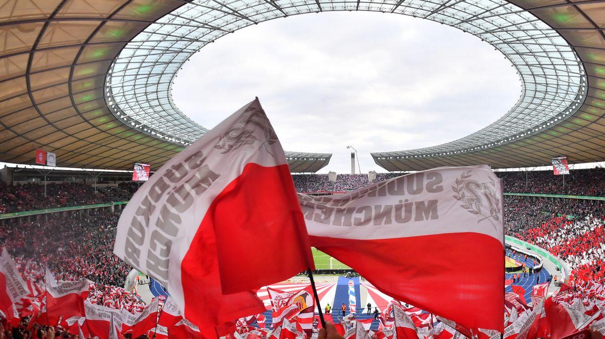 Allianz-Arena mit Zuschauern