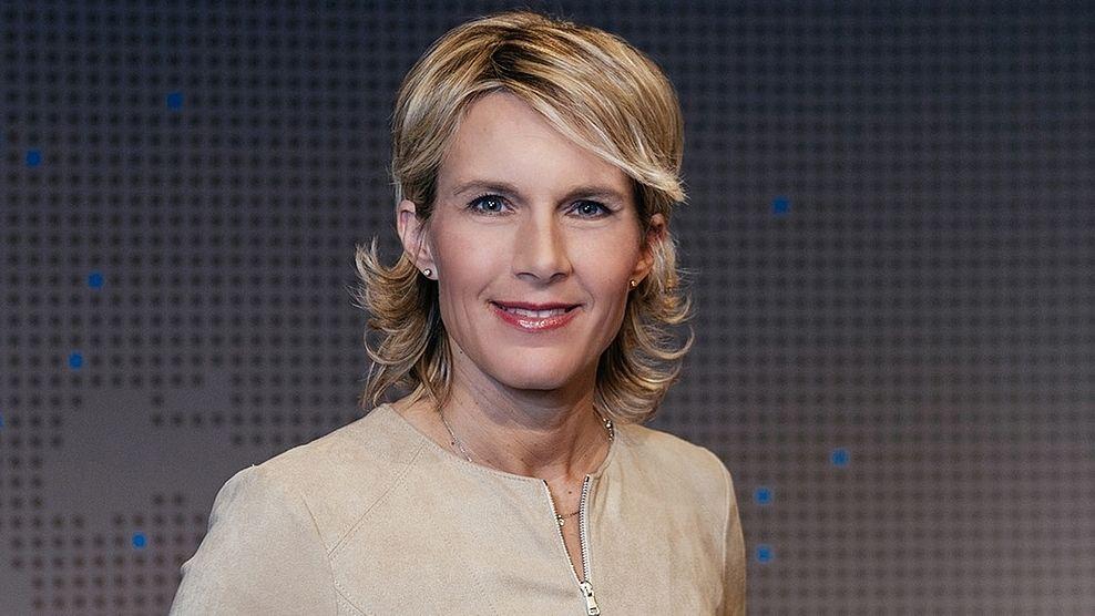 Sport in der BR24 Rundschau Moderatorin Julia Büchler