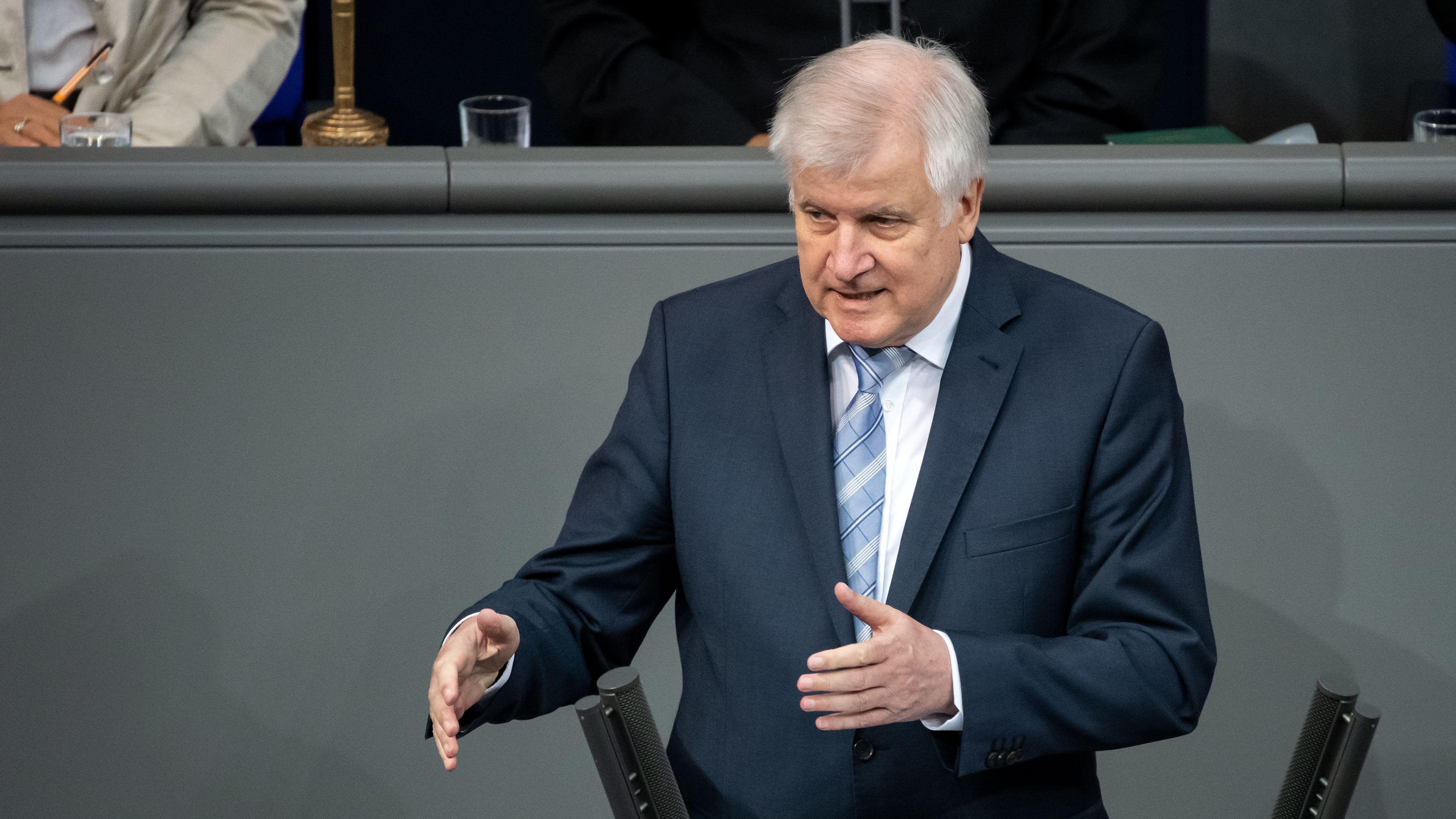 Bundesinnenminister Horst Seehofer im Bundestag