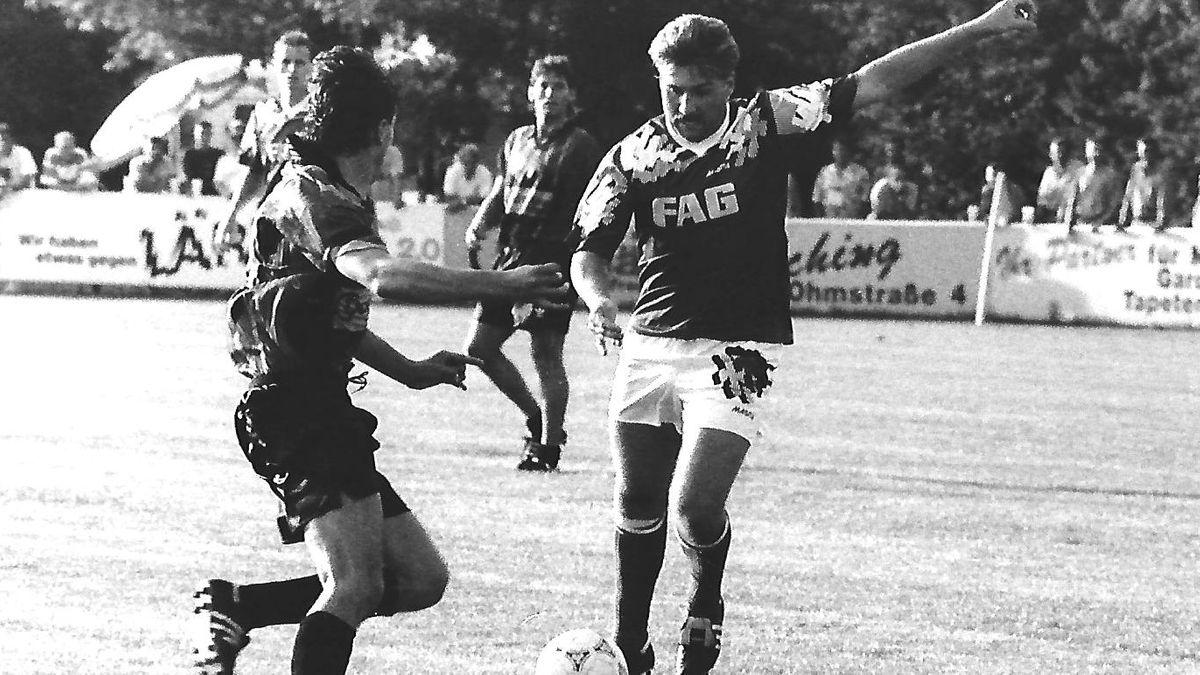 In München traf Oliver Wölfling (rechts) per Foulelfmeter zum wichtigen 2:2 (70.). 2004 verstarb Wölfling an einer Gehirnblutung.