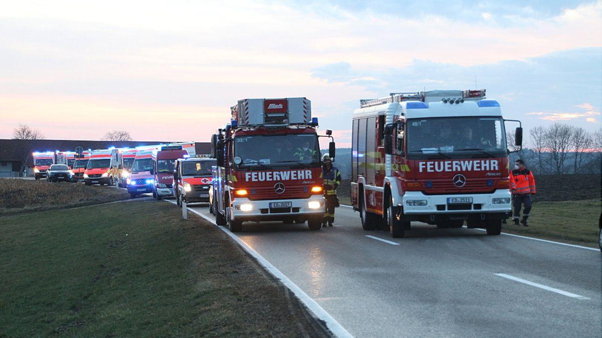 Feuerwehreinsatz bei einem Zimmerbrand in einem Seniorenheim in St. Wolfgang im Landkreis Erding.