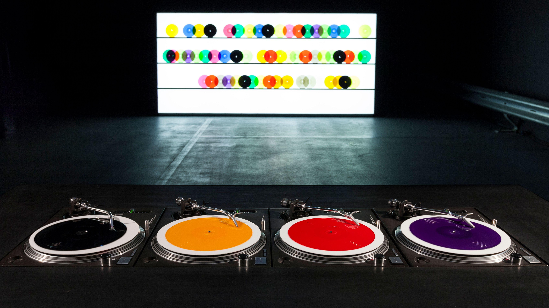 Plattenspielerbausatz in Farbe