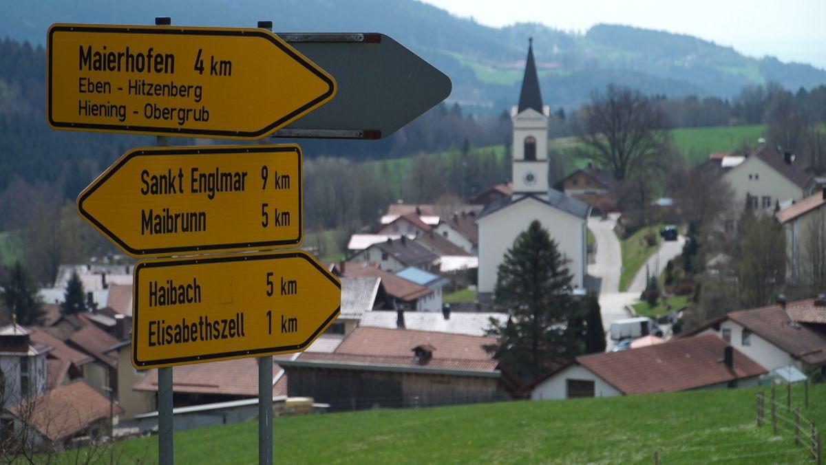 Ortsschilder im Bayerischen Wald