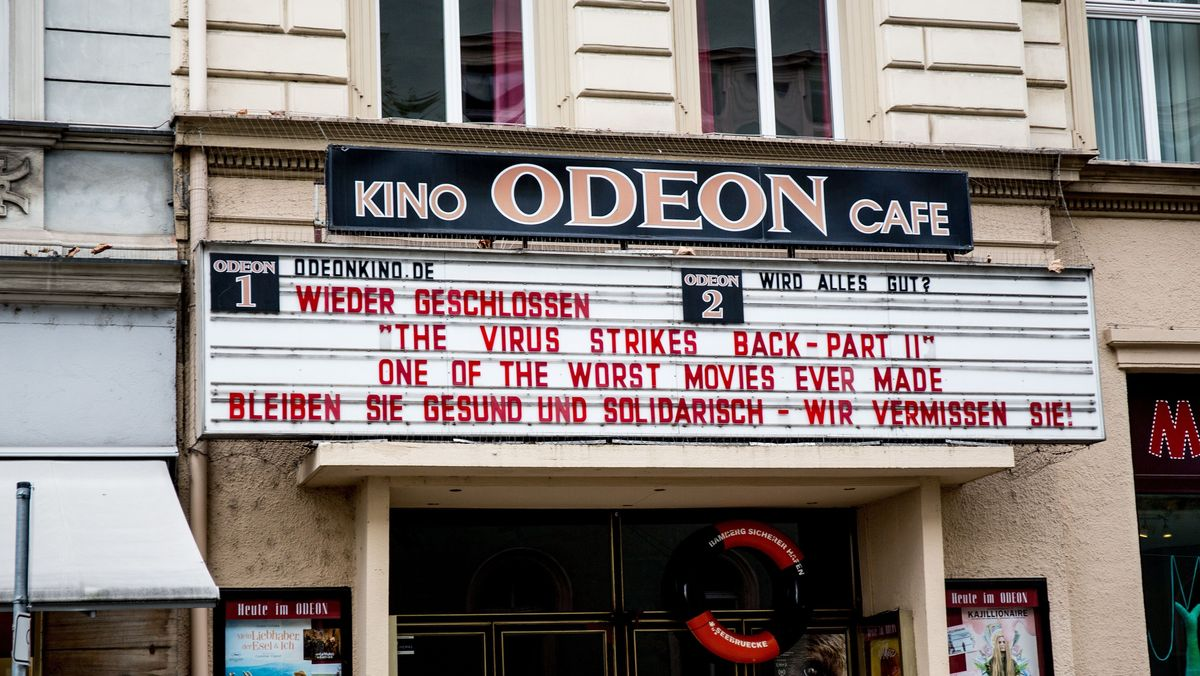 Ein wegen des Teil-Lockdowns geschlossenes Kino in Bamberg.