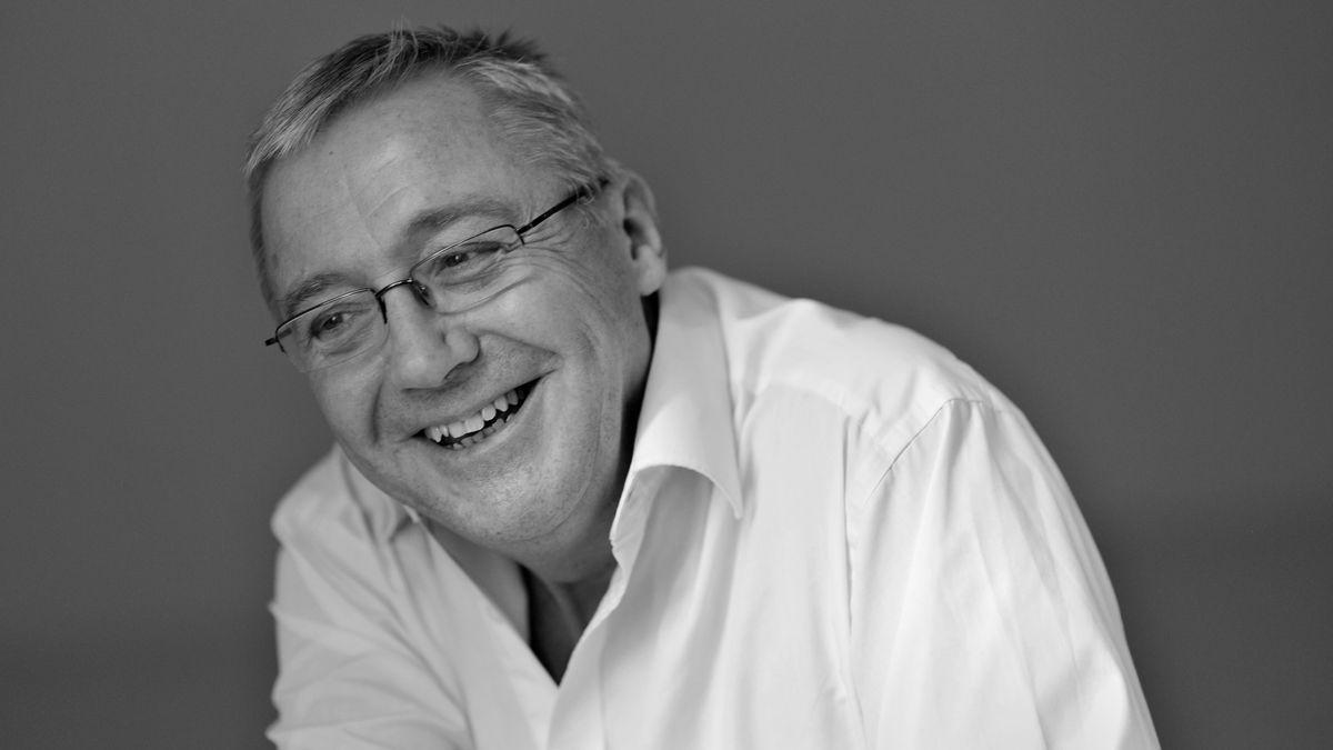 Er wurde 67 Jahre alt: Opernregisseur Graham Vick ist in seinem Haus an den Folgen einer Covid-Erkrankung gestorben