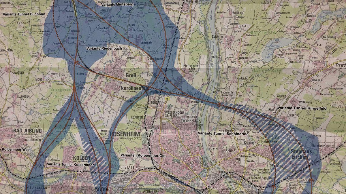 Noch führen die geplanten Umfahrungen östlich und westlich an Rosenheim vorbei