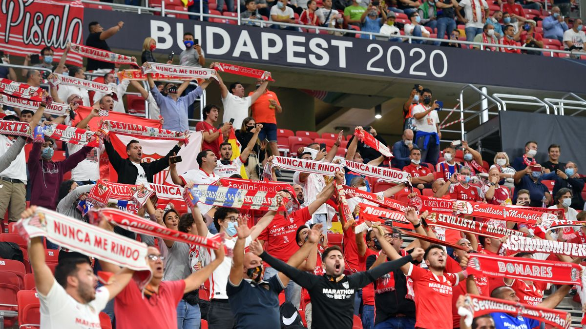 Fans beim Supercup in Budapest