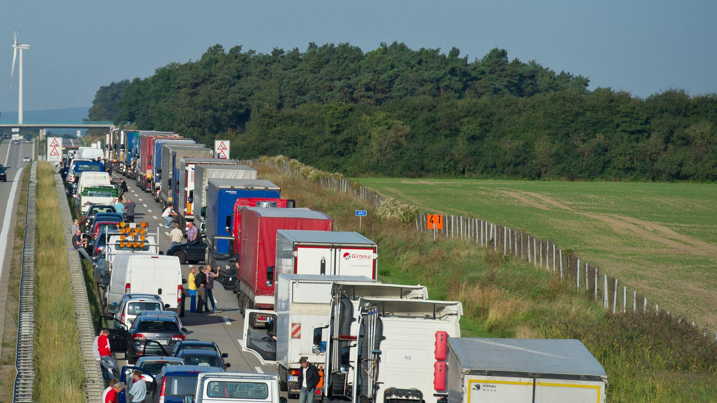 Gesperrte Autobahn (Symbolbild)