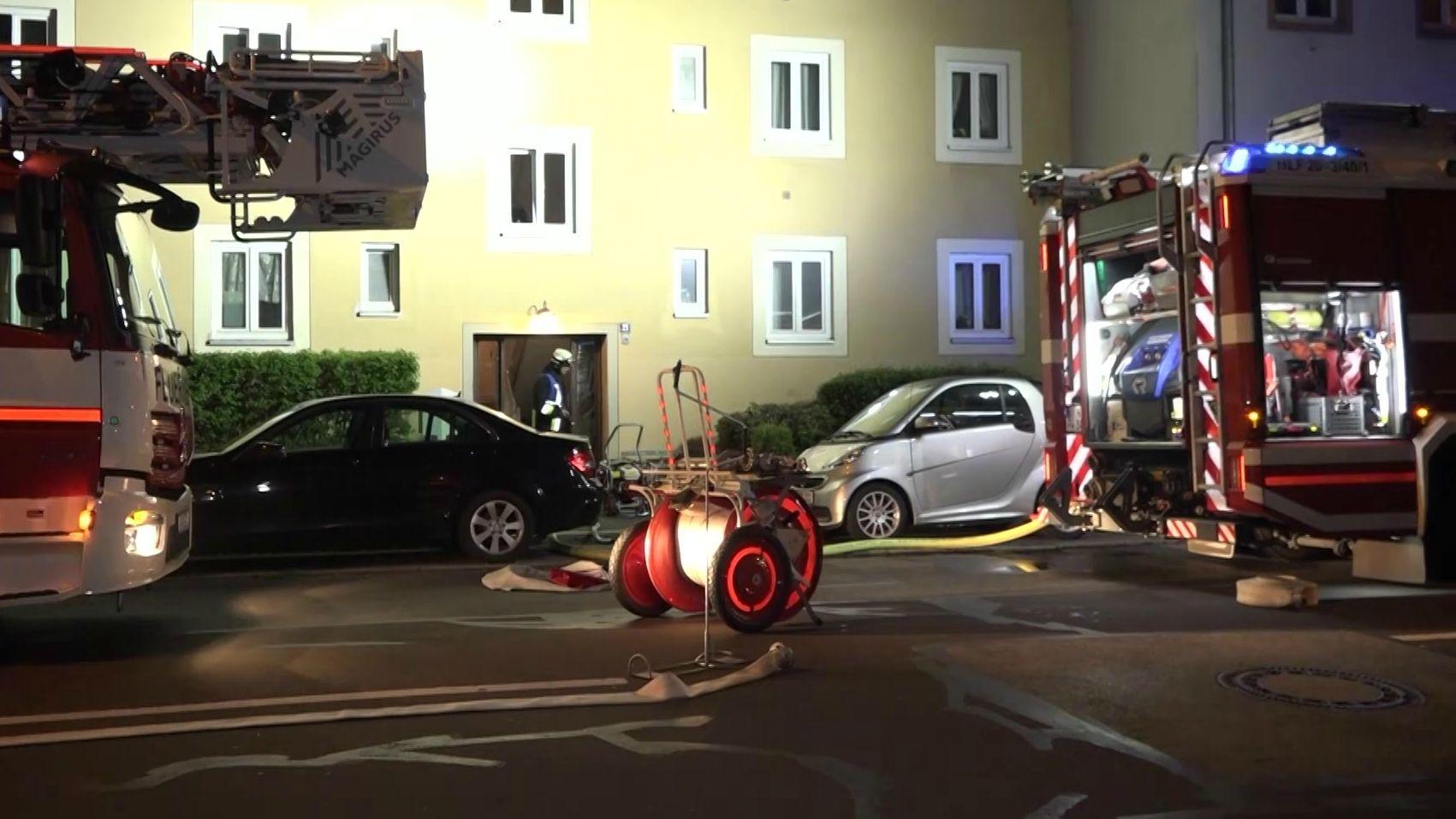 17-Jähriger springt aus brennender Wohnung im zweiten Stock