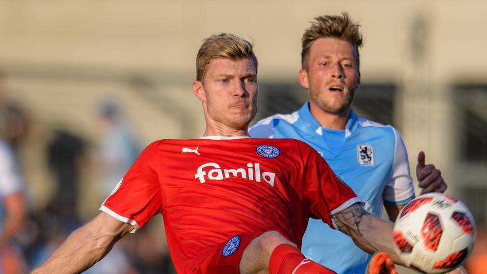 Spielszene TSV 1860 München - Holstein Kiel | Bild:picture-alliance/dpa