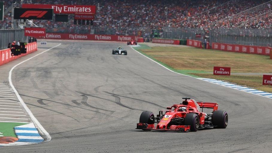 Sebastian Vettel vom Team Scuderia Ferrari in Aktion auf dem Hockenheimring