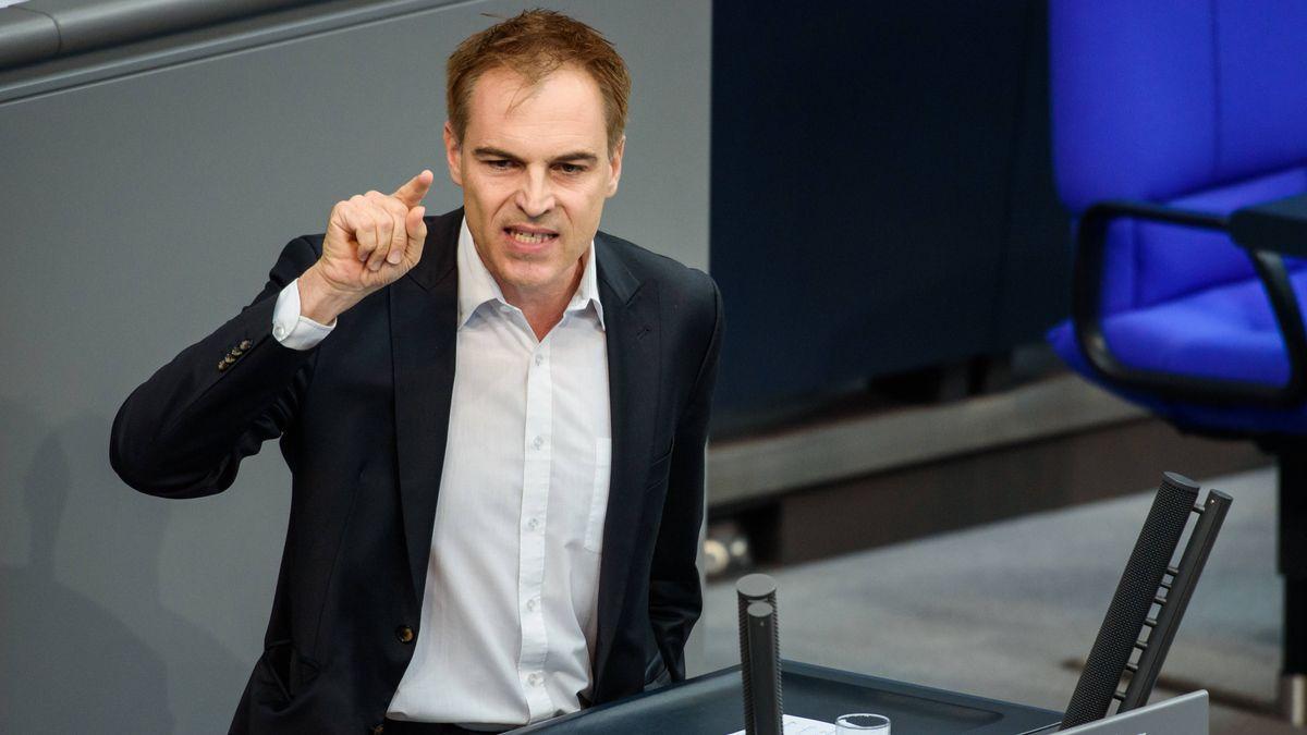 Gerhard Schick, Vorstand der Bürgerbewegung Finanzwende während einer Rede im Bundestag 2018, damals noch als Abgeordneter.