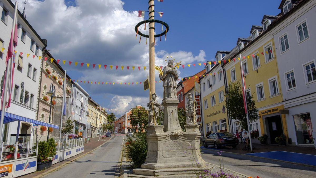 Der Maibaum mitten in Zwiesel