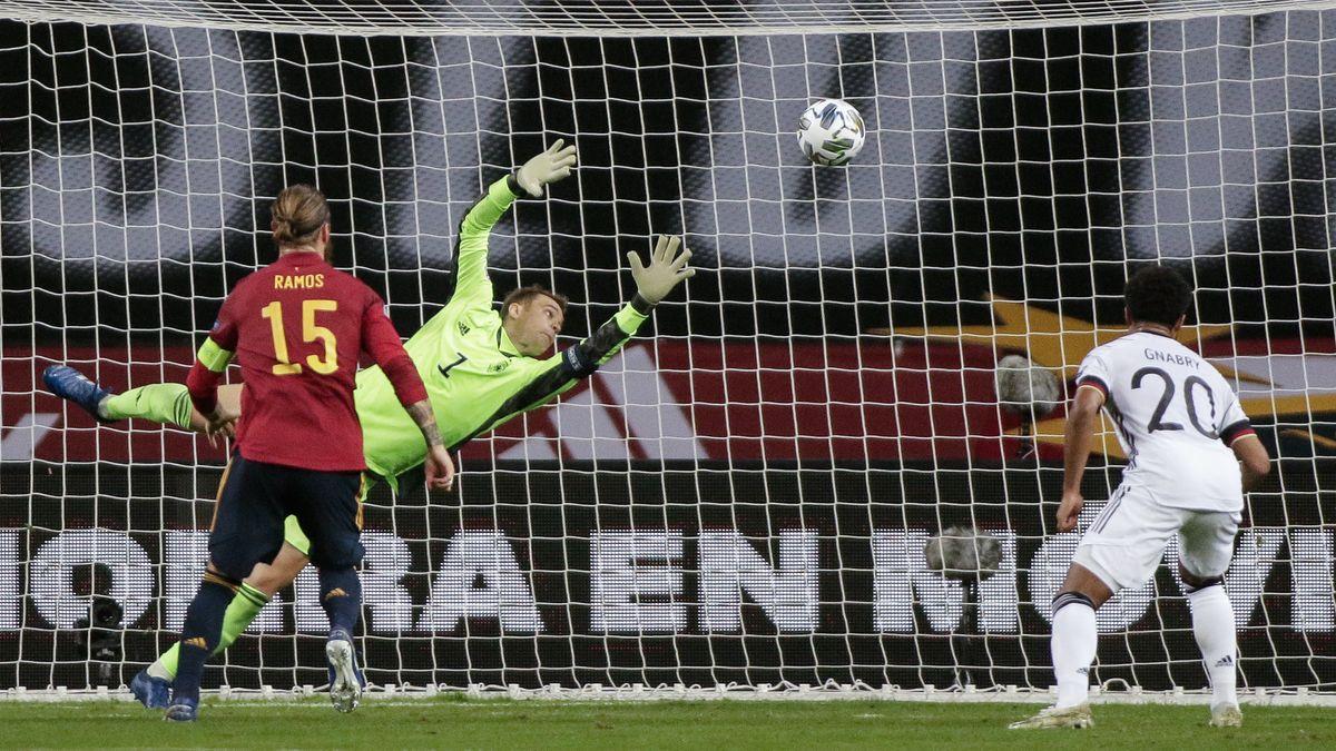 Manuel Neuer kann auch diesen Gegentreffer nicht verhindern.
