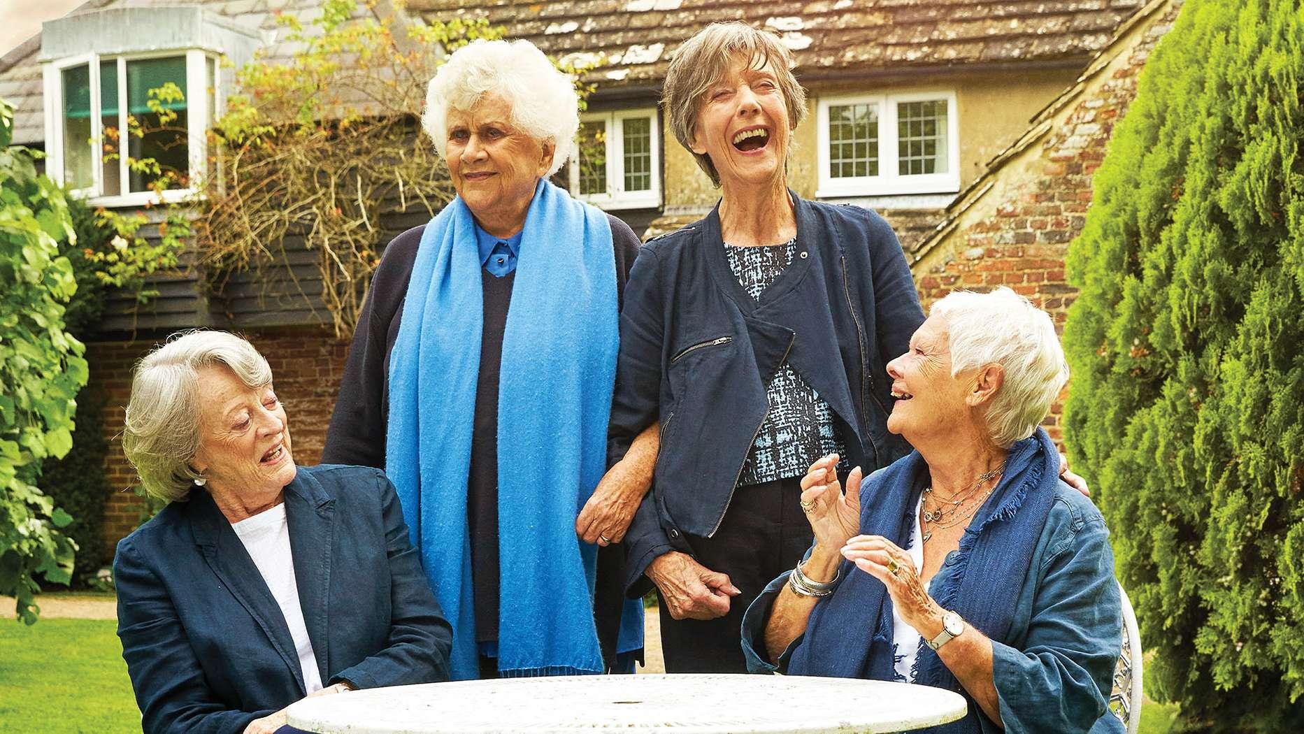 """Szene aus """"Tea with the Dames"""""""