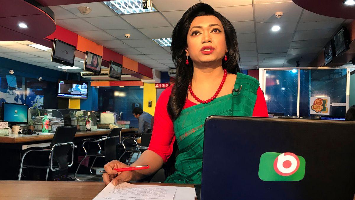 Premiere am Weltfrauentag: Bangladeschs erste Transgender-Nachrichtenmoderatorin Tashnuva Anan Shishir verliest die Nachrichten.