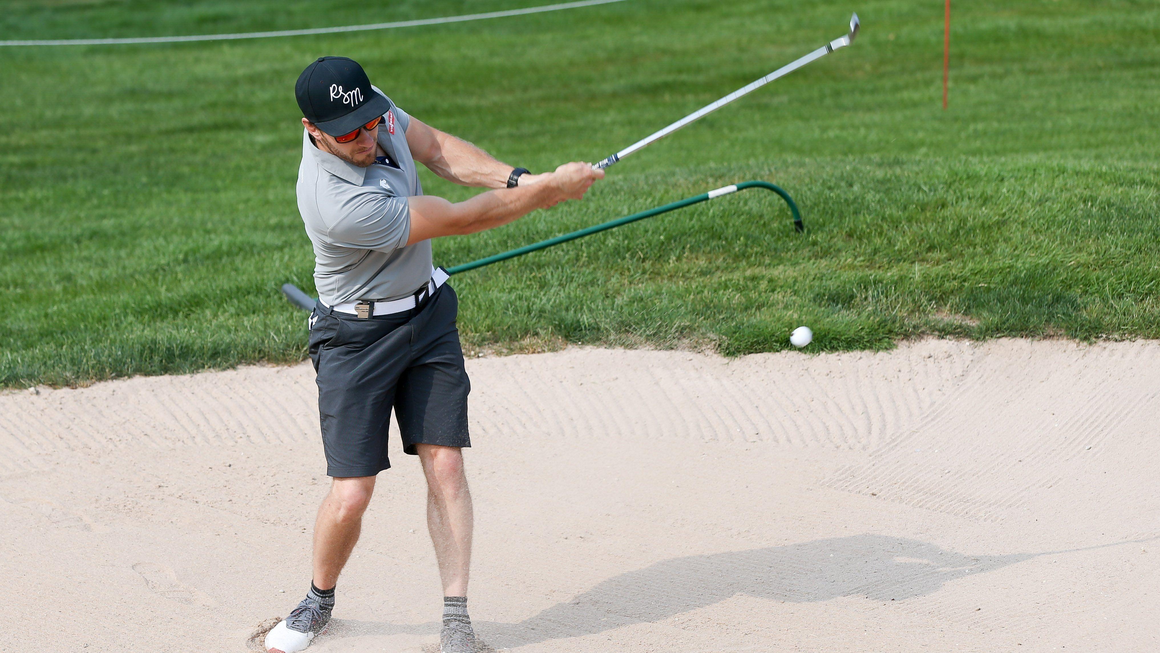 Tobias Arlt beim Golfen