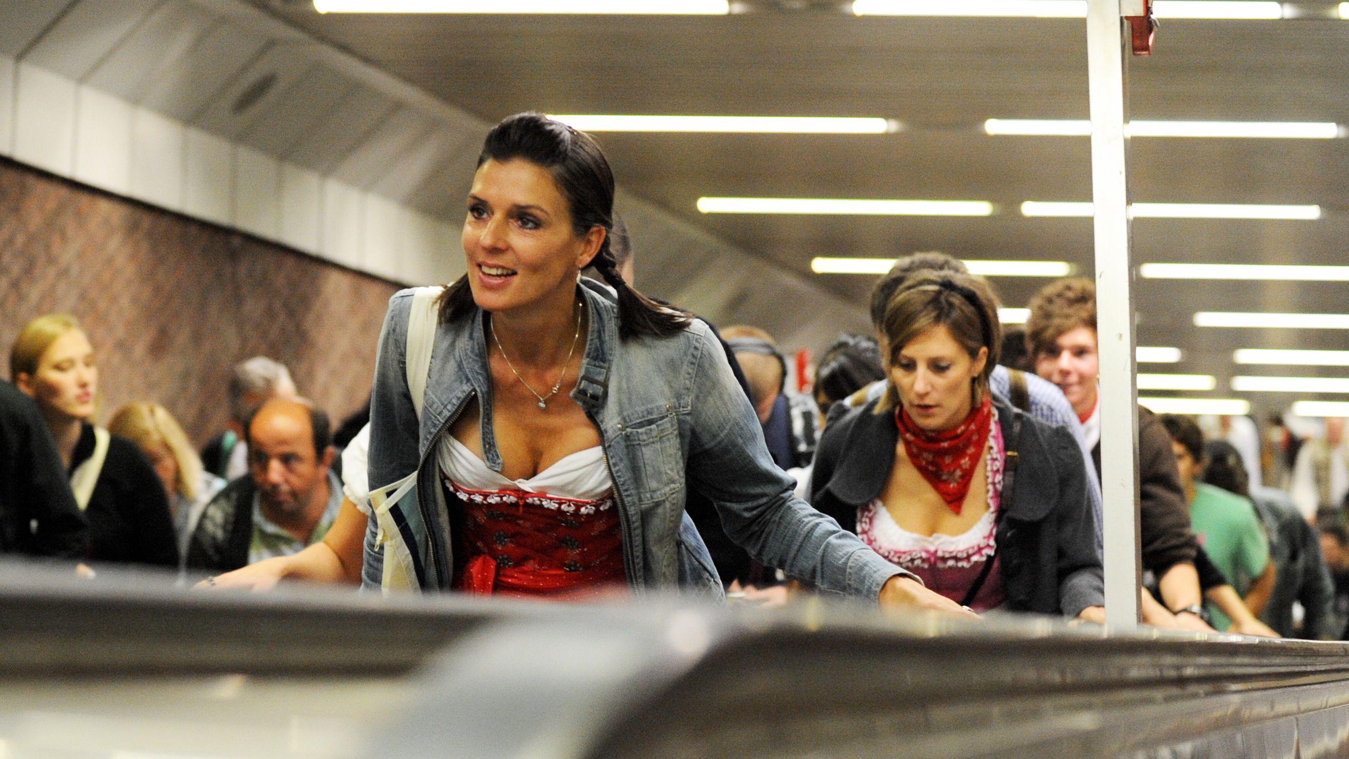 """Rolltreppe an der U-Bahnstation """"Theresienwiese"""" in München (Archivbild)."""