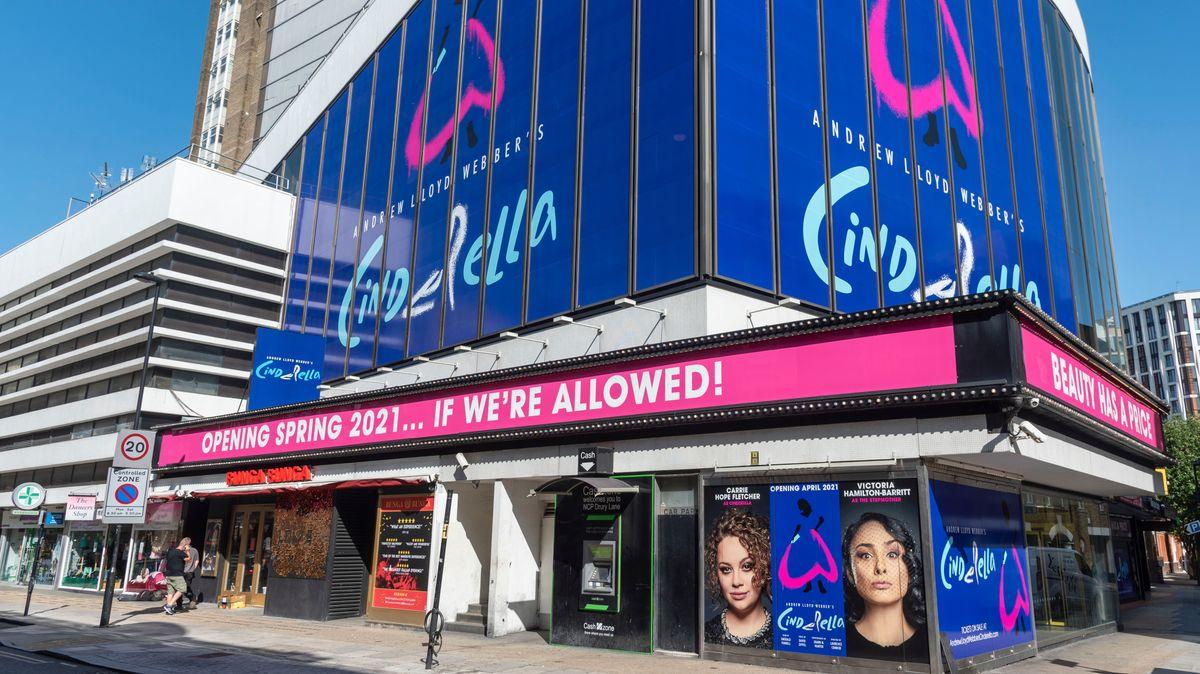 Fassade des Gillian Lynne-Theaters