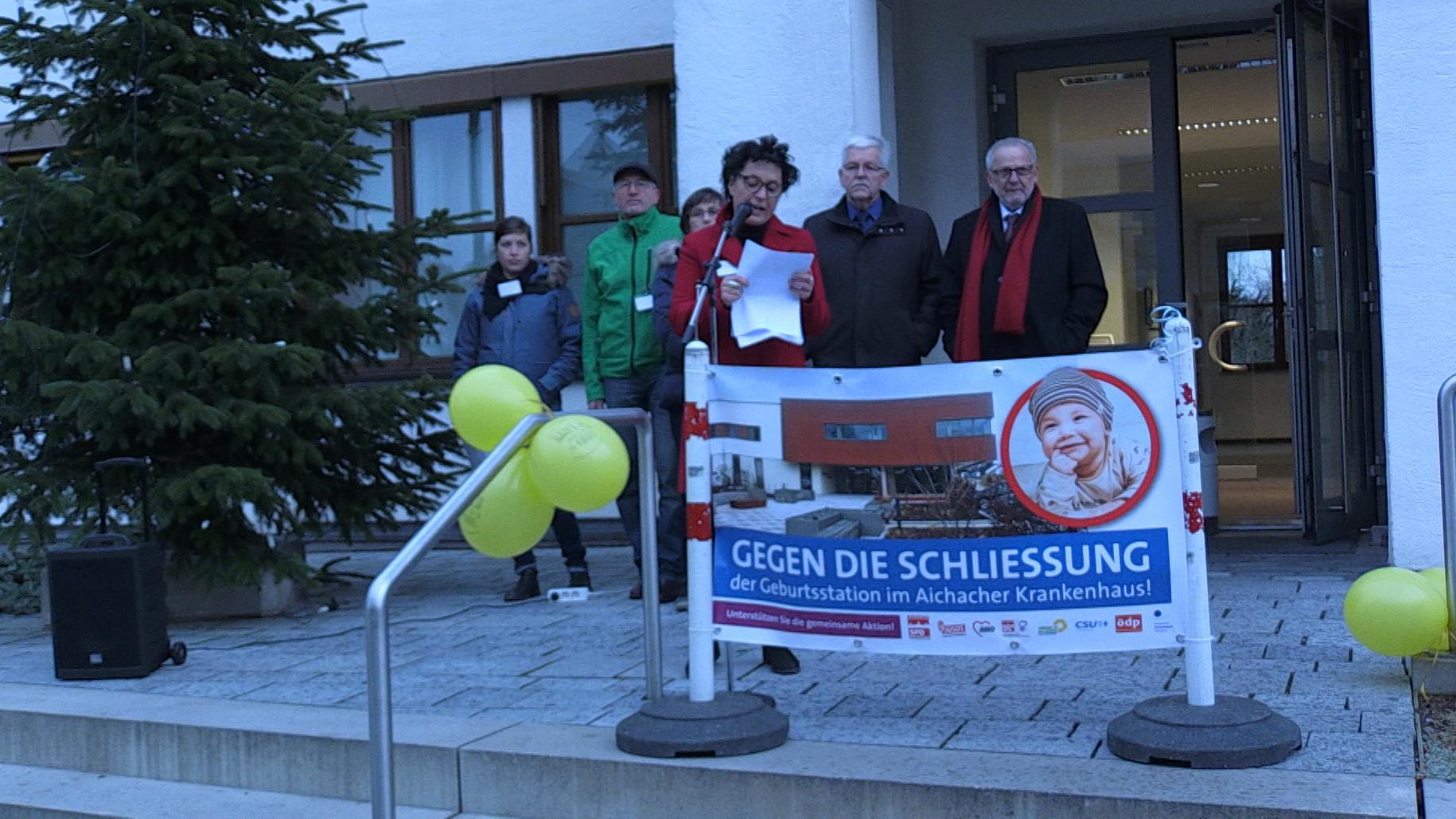 Demo für Erhalt der Aichacher Geburtshilfestation