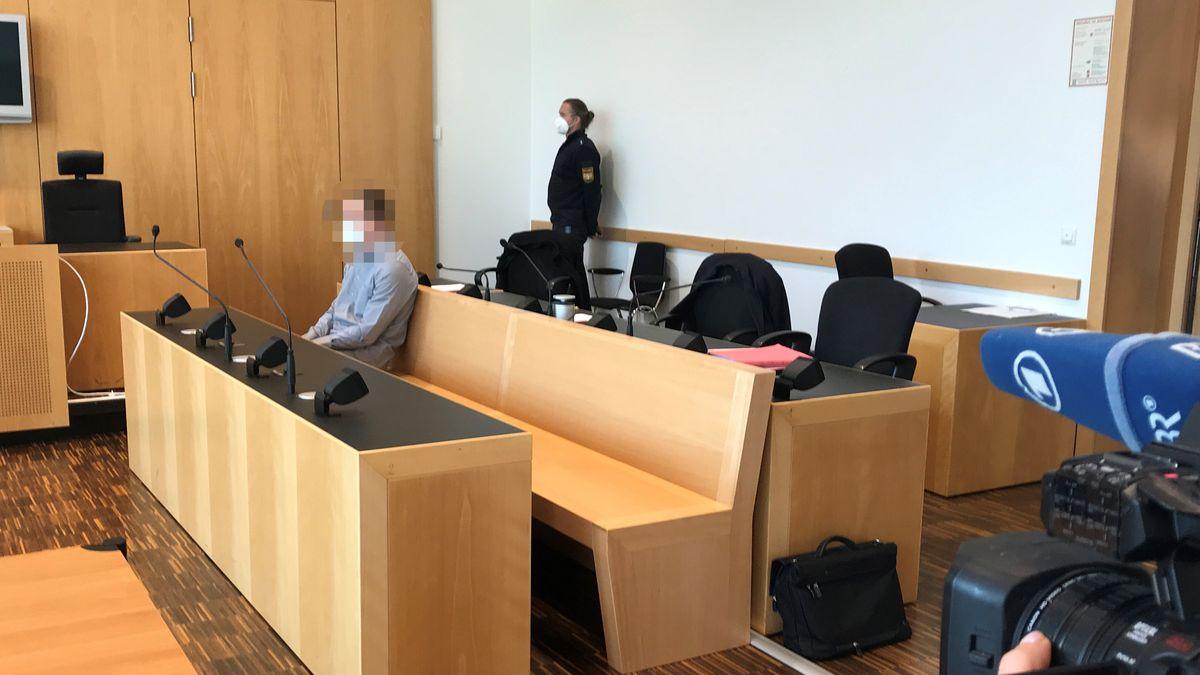 Nach dem Tod eines drei Jahre alten Jungen musste sich ein 24-Jähriger in Augsburg vor Gericht verantworten