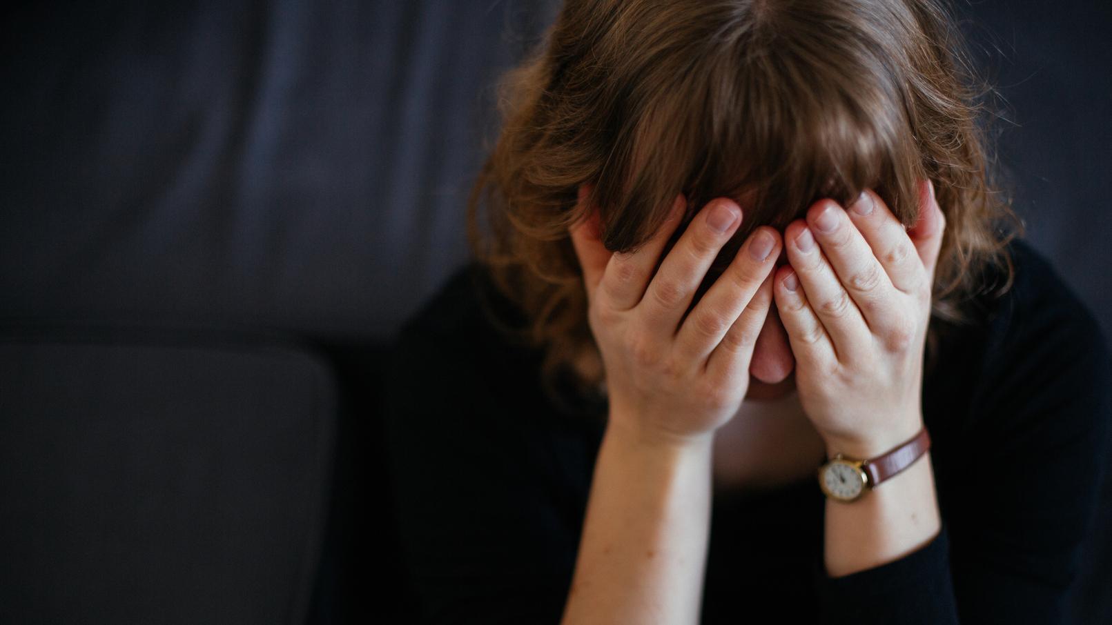 Tausende Frauen bräuchten in Bayern einen Platz im Frauenhaus - jedes Jahr.