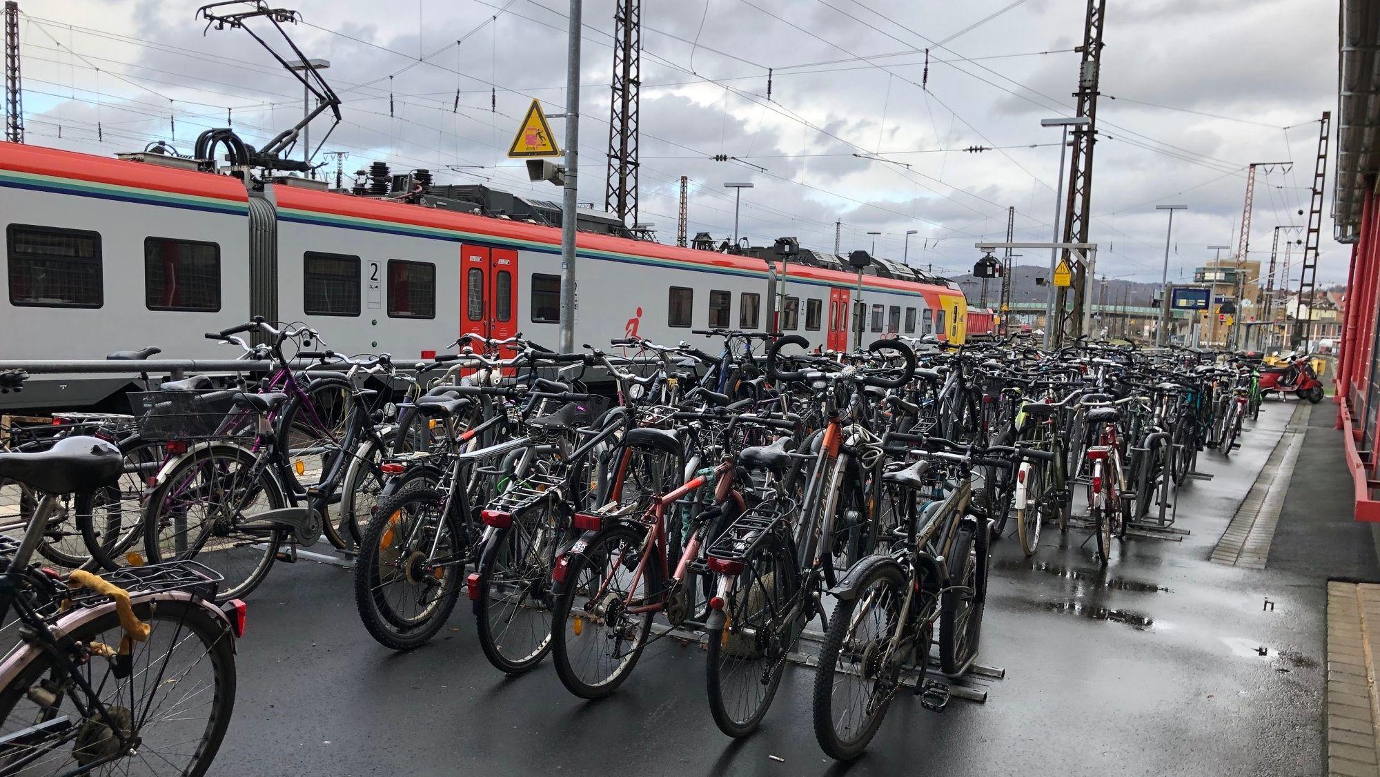 Radstellplätze am Hauptbahnhof Aschaffenburg