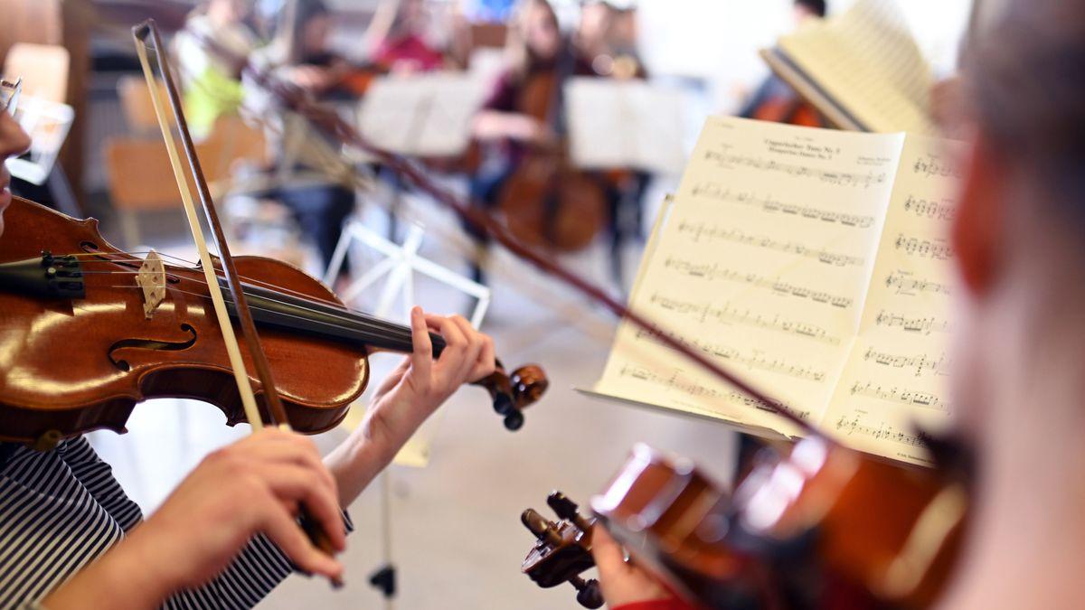Bayerische Musiklehrer schlagen Alarm: Schulensembles gefährdet
