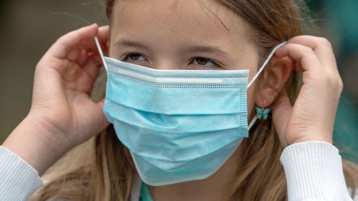 In Schweinfurt soll ein Mädchen wegen des Tragens einer Maske gestorben sein - eine Fake News