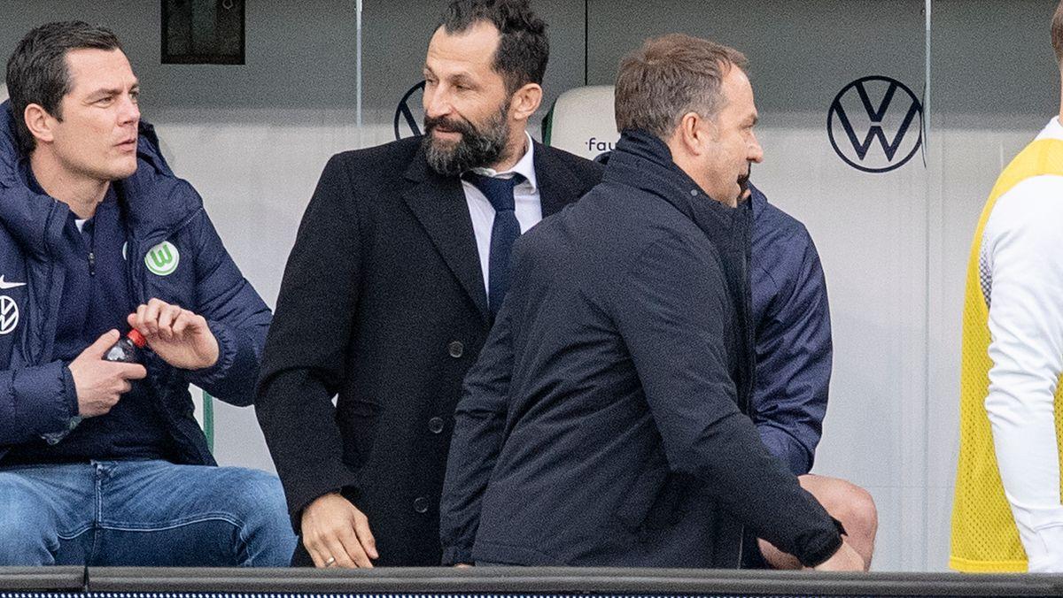 Szene eines Zerwürfnisses: Hansi Flick (r.) und Hasan Salihamidzic nach dem Wolfsburg-Spiel