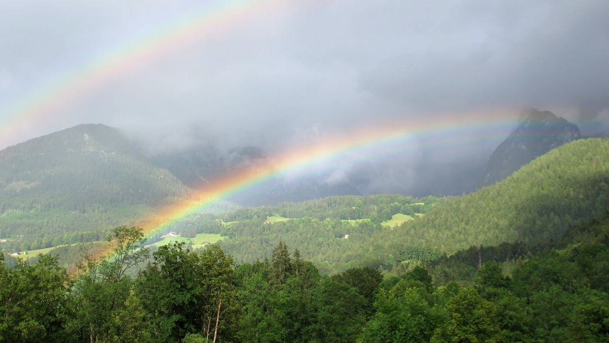 Doppelter Regenbogen am Königssee