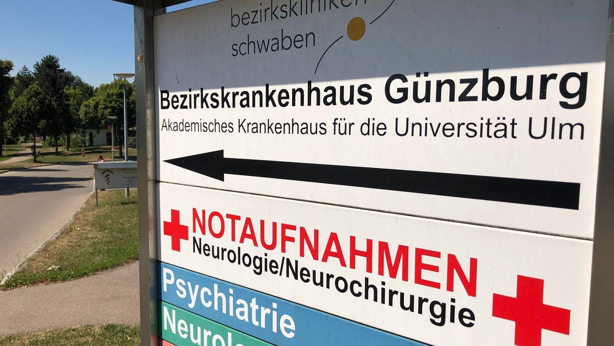 Hinweisschilder zum BKH Günzburg