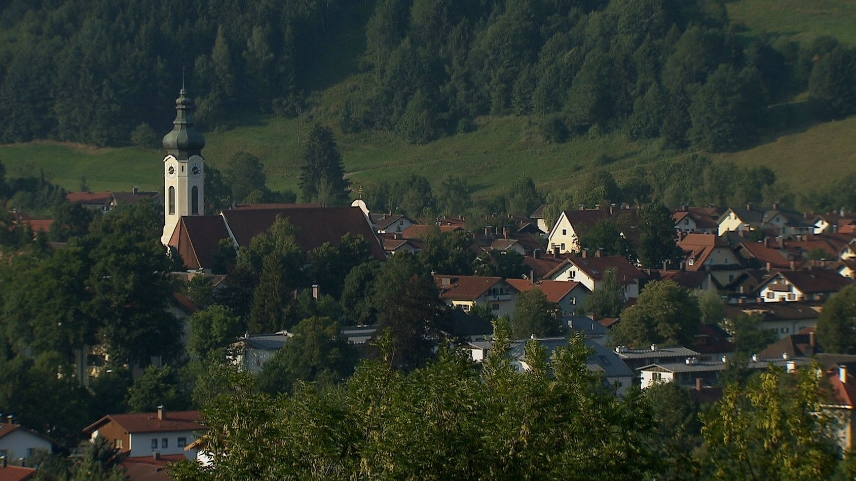 Der Ort Hausham im Landkreis Miesbach