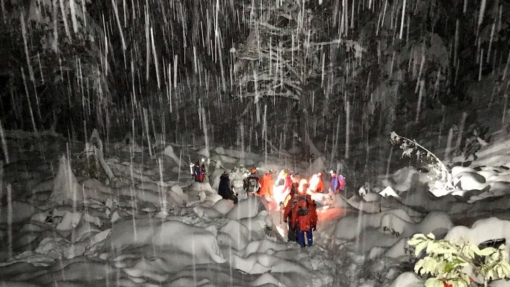 Rettungsaktion für unterkühlte Bergwanderin.
