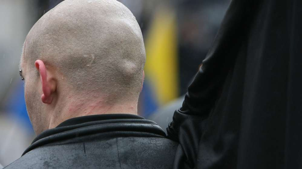 Skinhead - Rechtsextremismus - Neonazi   Bild:picture-alliance/dpa