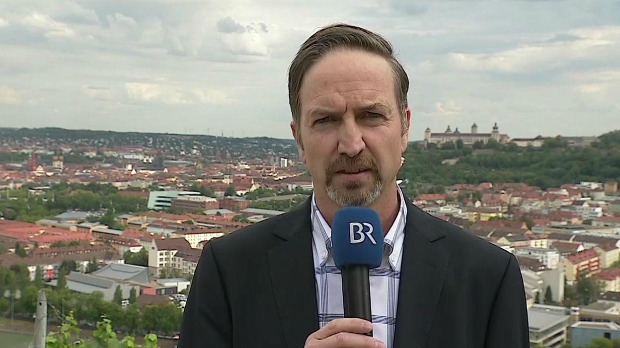 BR-Reporter Sascha Hack recherchiert im Kindermissbrauchsfall