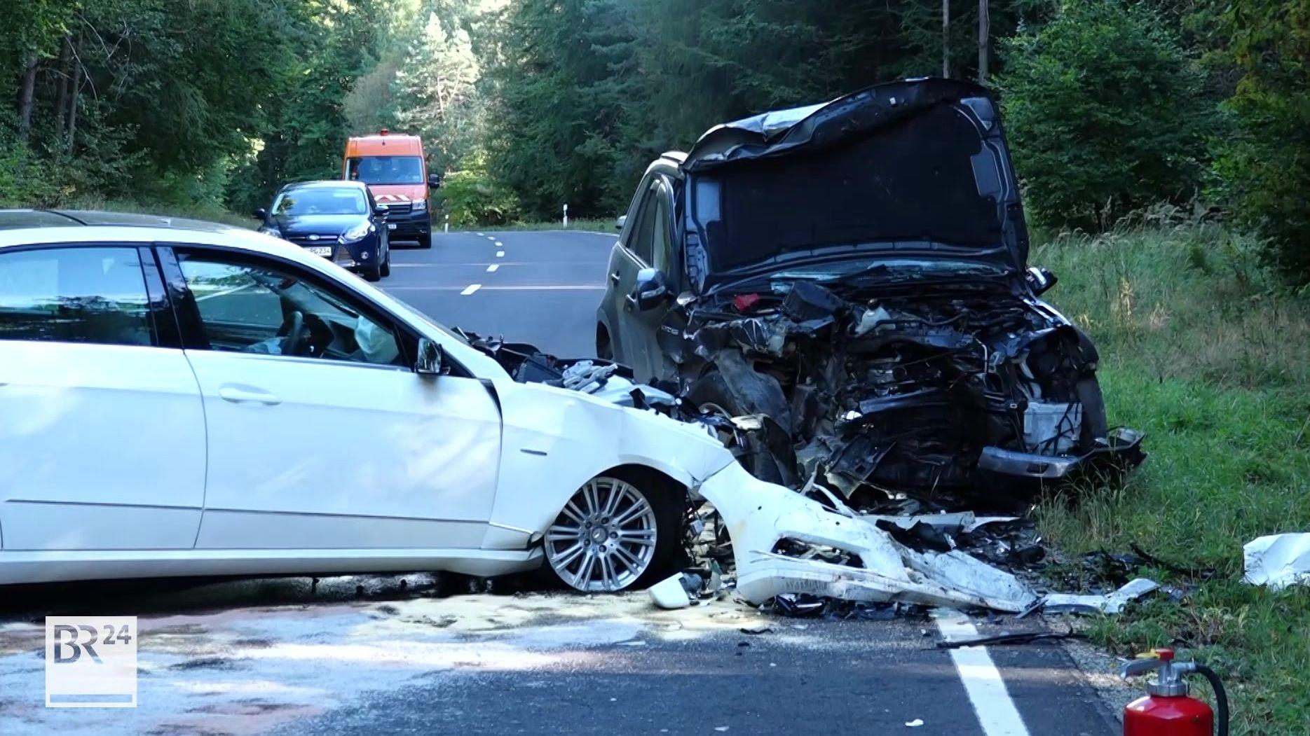 Unfall auf der B286 bei Waldfenster