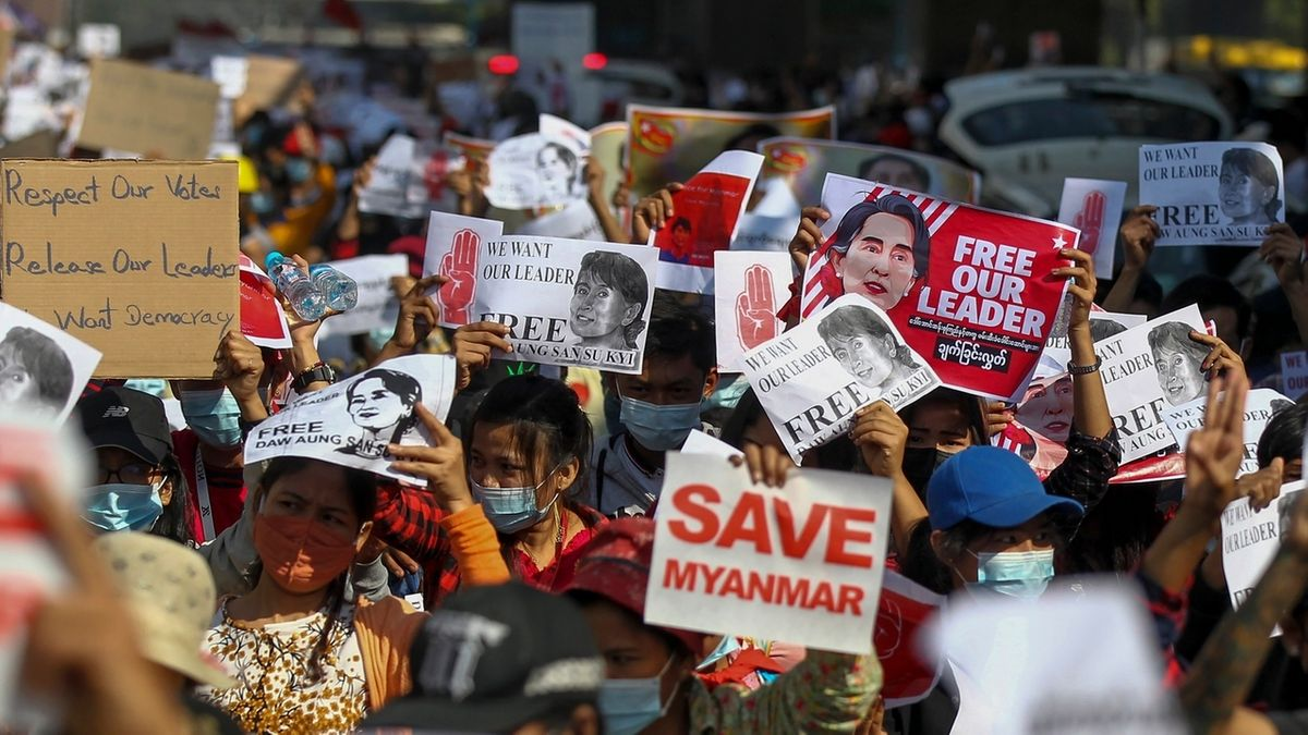 Proteste gegen Putschisten in Myanmar gehen weiter.