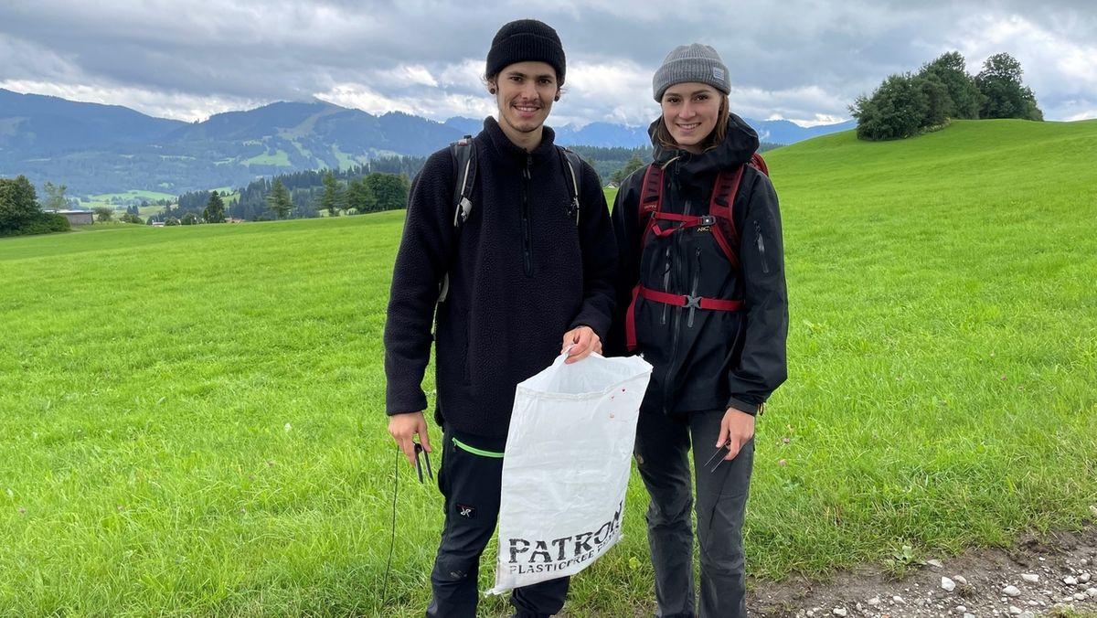 Jede Wandertour kann zu einer sauberen Bergwelt beitragen: Die Organisatoren der CleanUp-Days sind mit Müllbeutel und Zange unterwegs.