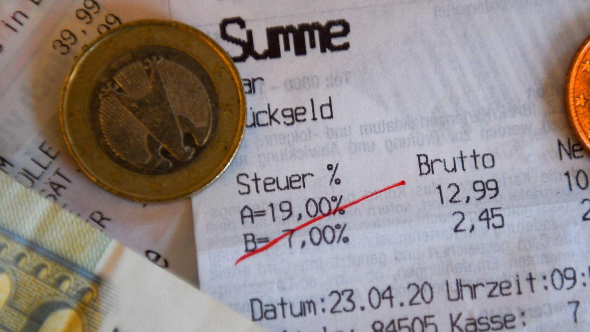 Kassenbon mit durchgestrichener Mehrwertsteuer