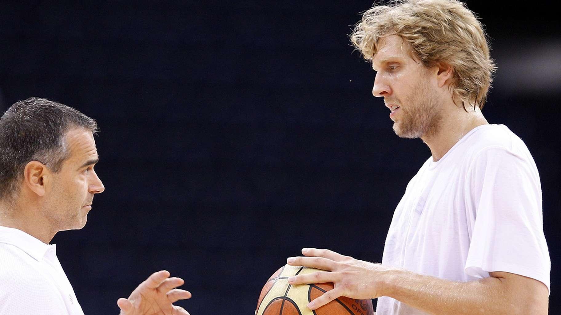 Dirk Nowitzki mit Dirk Bauermann