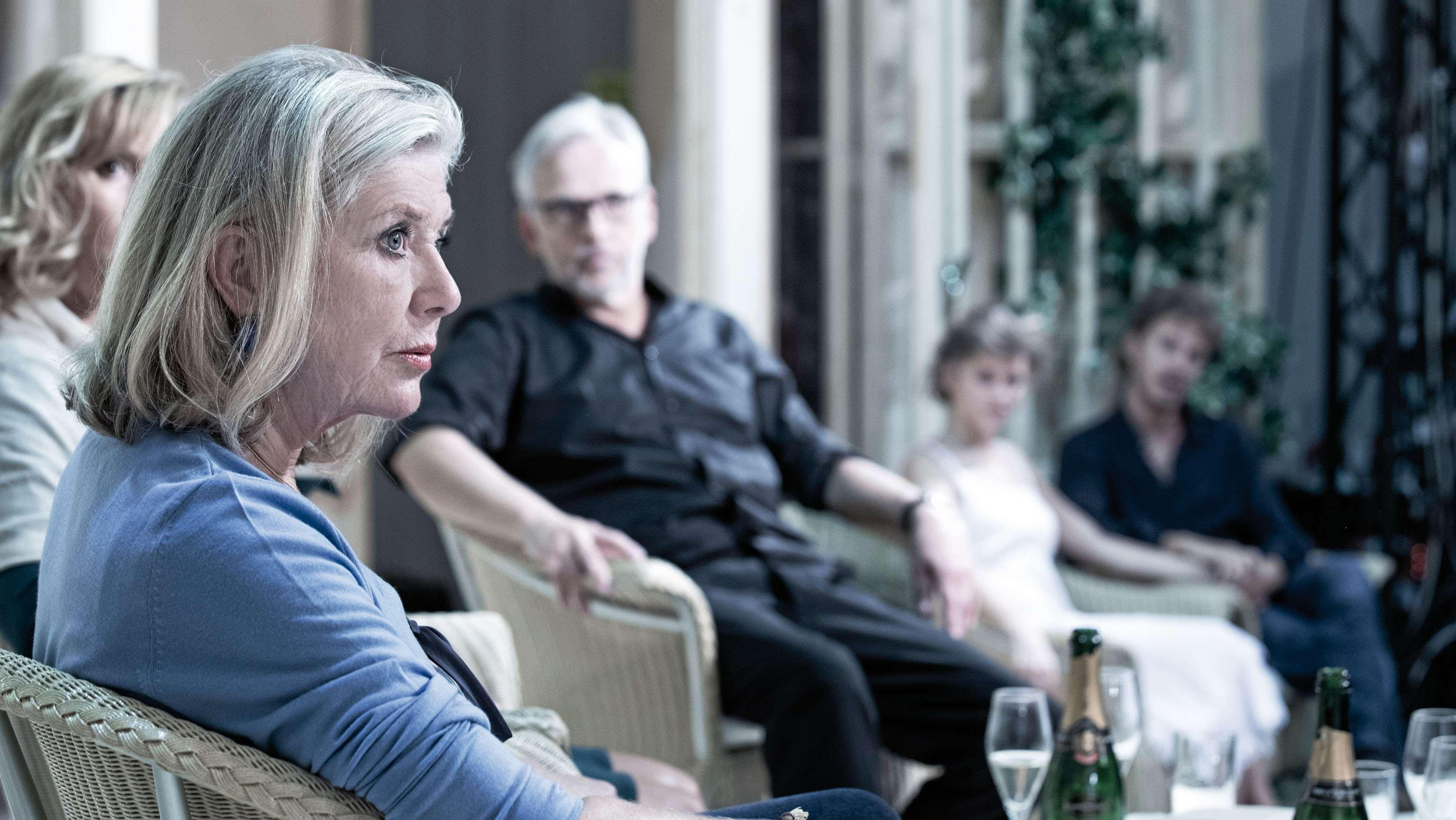 Jutta Speidel im Kreise der Familie