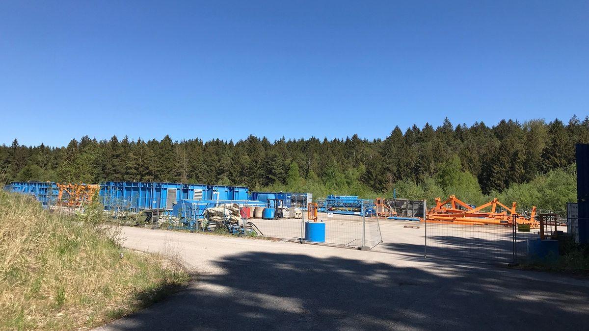 Bohrplatz zwischen Gelting und Geretsried im Mai 2020.