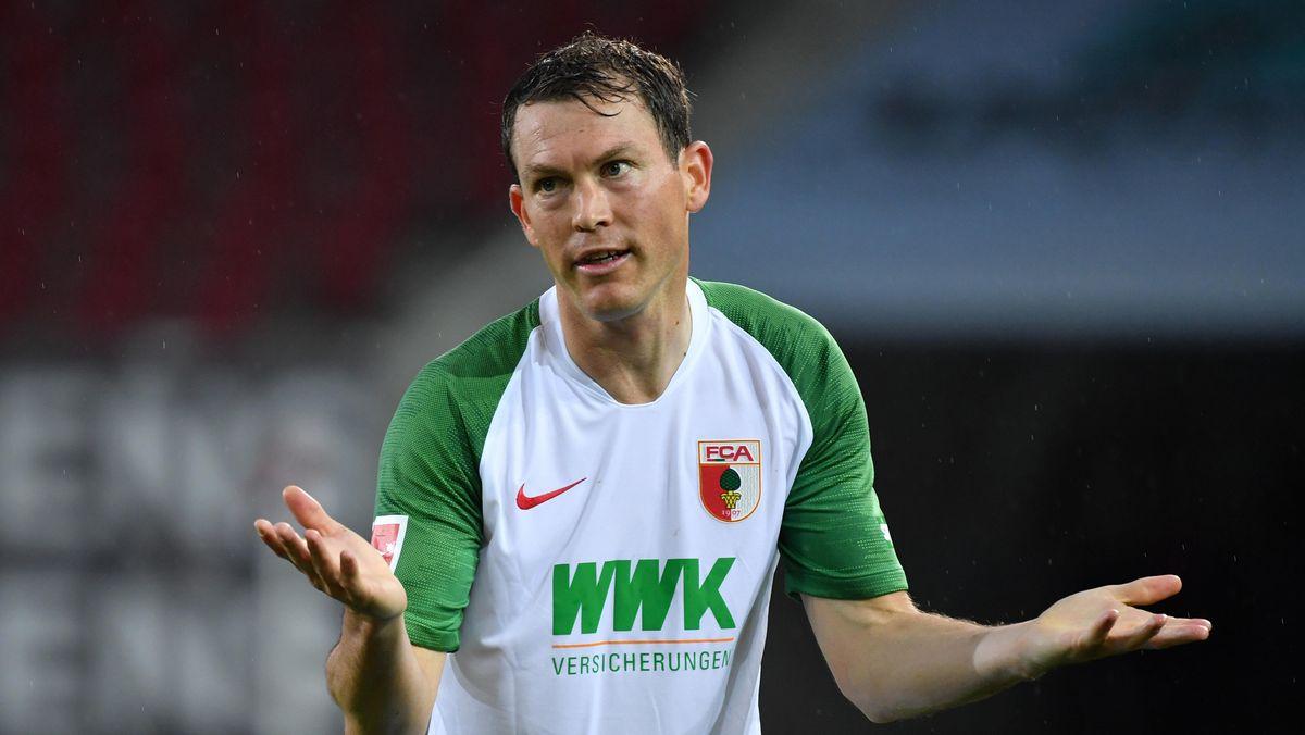 Stephan Lichtsteiner vom FC Augsburg