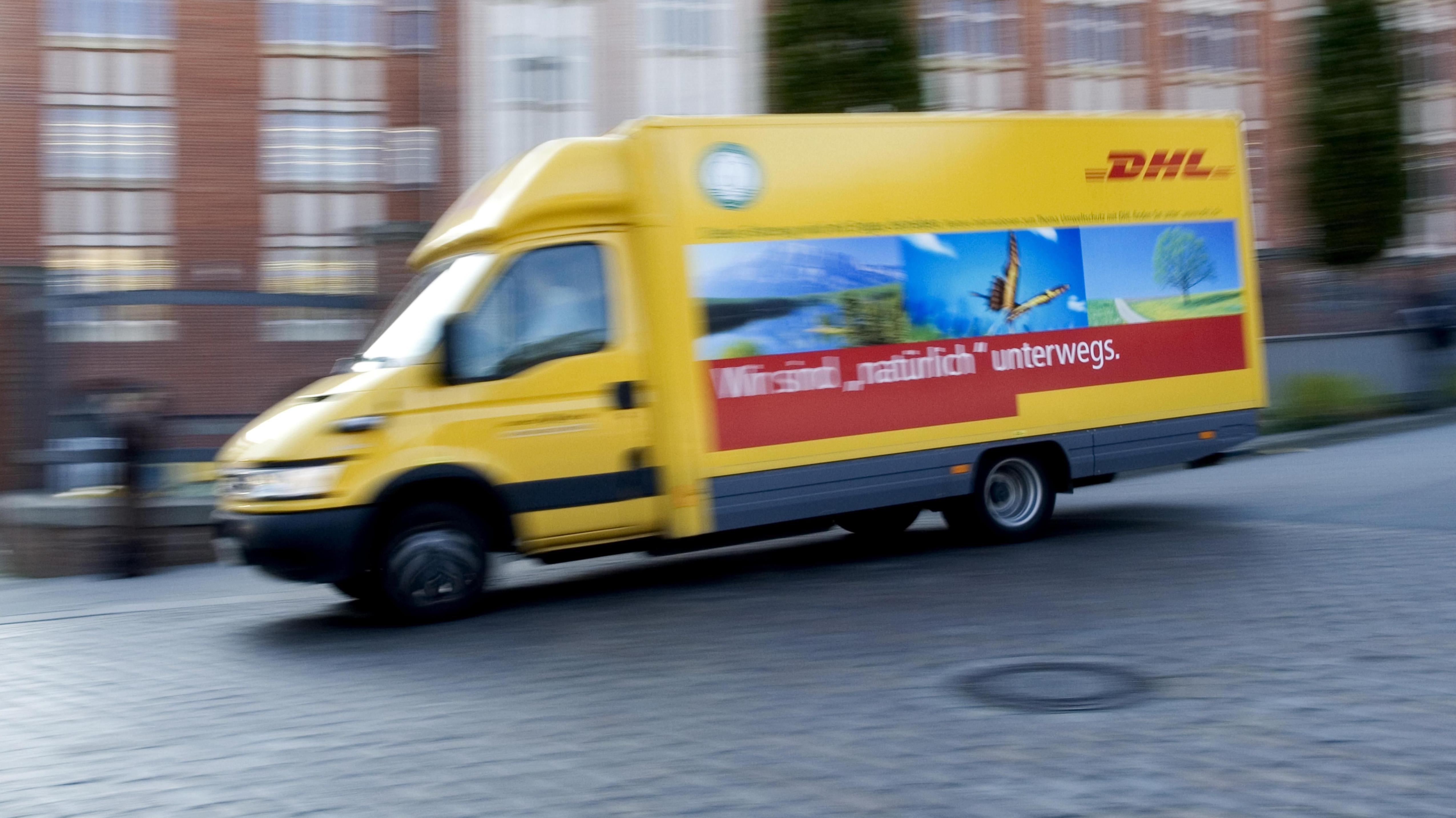 DHL ist der größte Paketdienst in Deutschland.
