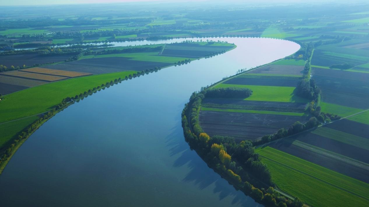 Die Donau bei Regensburg
