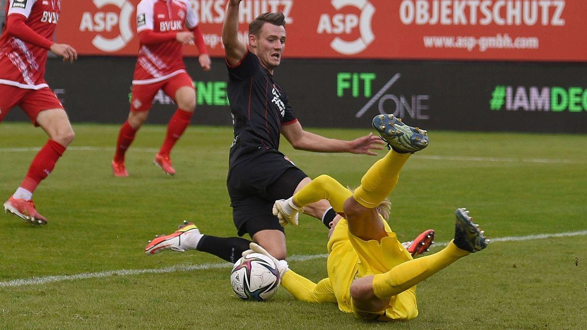 Spielszene Würzburger Kickers - Türkgücü München