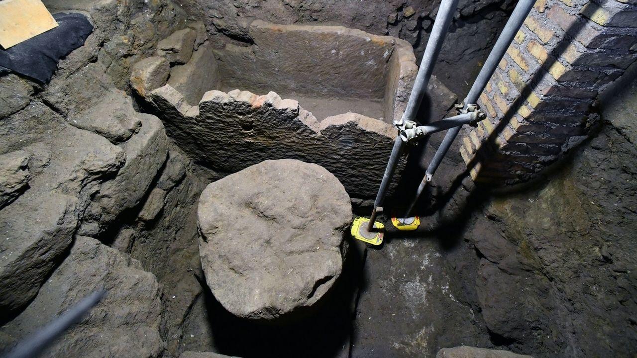 Sarkophag-Fund auf dem Forum Romanum in Rom