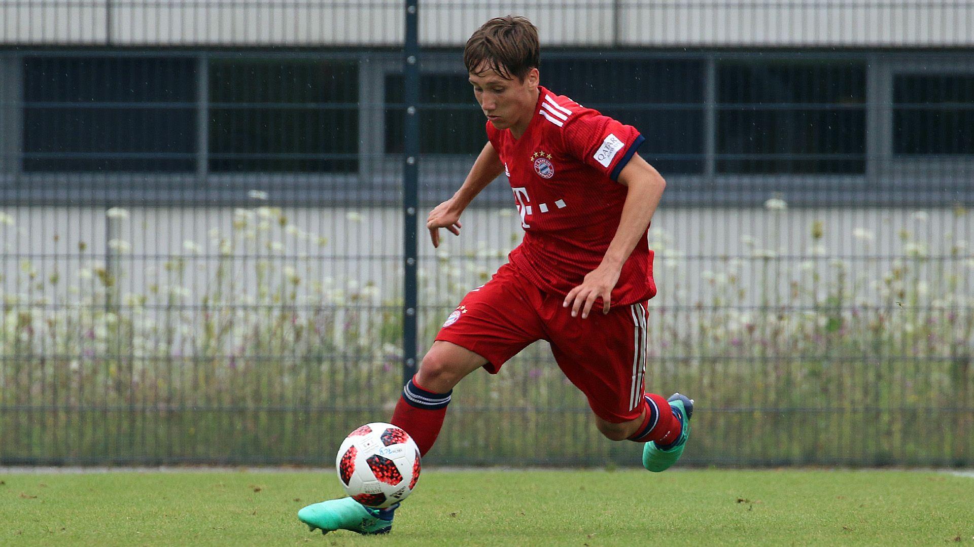 Jonas Kehl trainiert mit dem FC Bayern in den USA